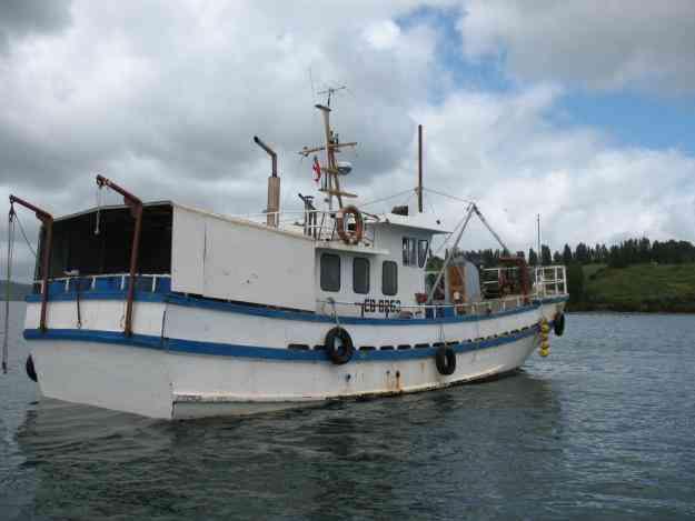 Arriendo Embarcacion para transporte,salmonera y viajes especiales.