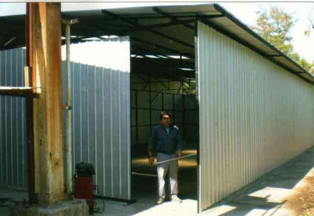 Techos livianos construllo amplio reparaciones generales for Terminaciones de techos interiores