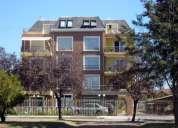 Vendo casa de 2 pisos , planta baja material solido