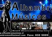 clases de saxo, bajo, canto, lectura musical y piano o teclado.