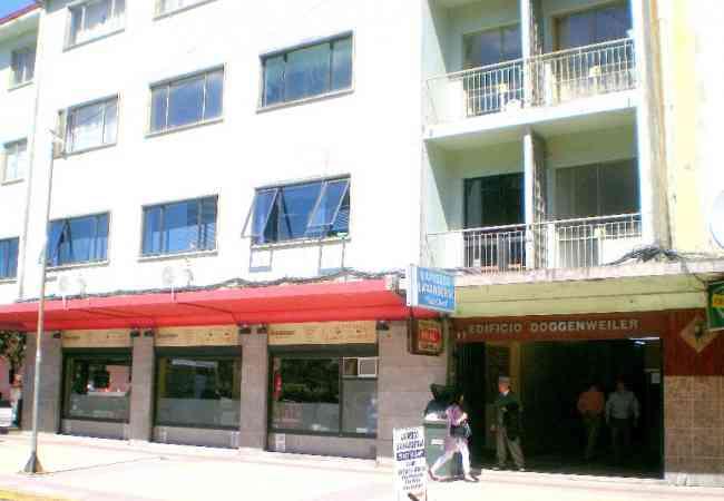 Local comercial  21m2  Edificio Doggenweiler en el centro de Puerto Montt