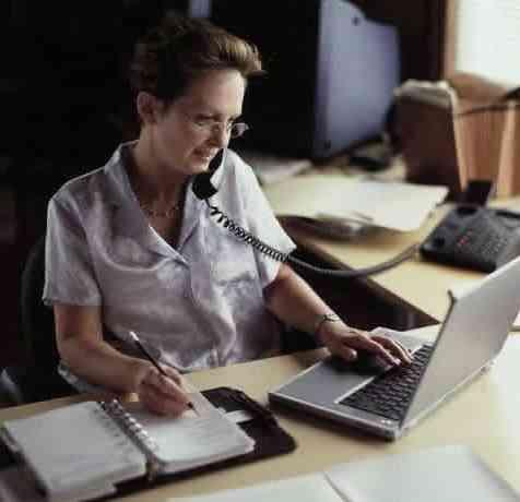 Se necesita secretaria administrativa en práctica