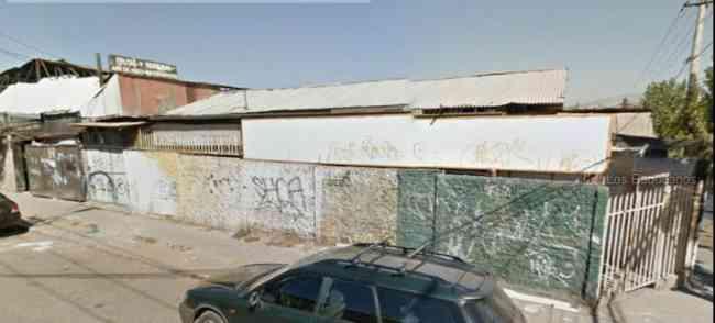 Locales Comerciales y Galpones en plena avenida comercial Peñalolen